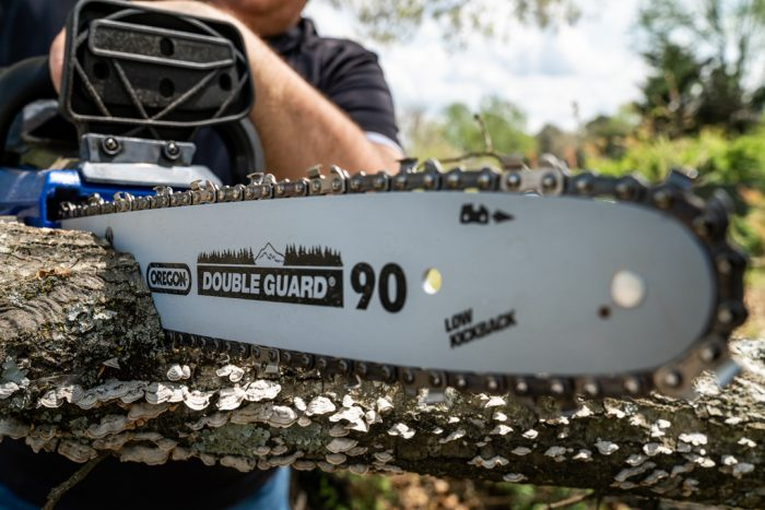 40 Volt Chain Saw from Wild Badger Power close up