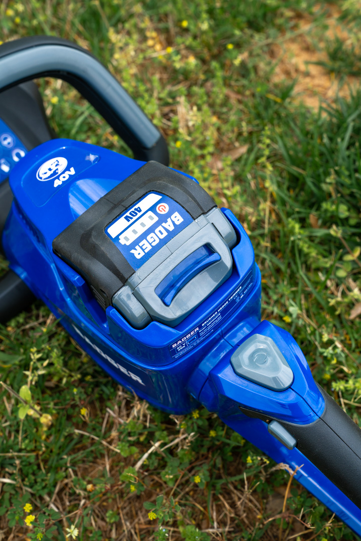 40 Volt Hedge Trimmer from Wild Badger Power buttons