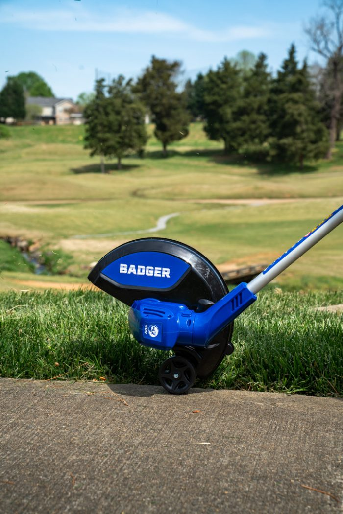 40 Volt String Trimmer from Wild Badger Power close up